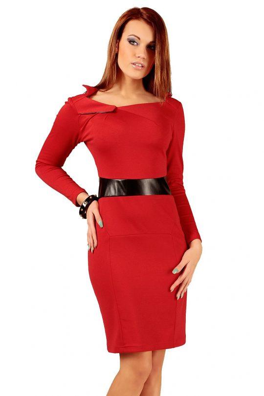 Sukienka Astrid w kolorze czerwonym