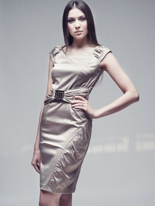 Sukienka Bianka w kolorze beżowym