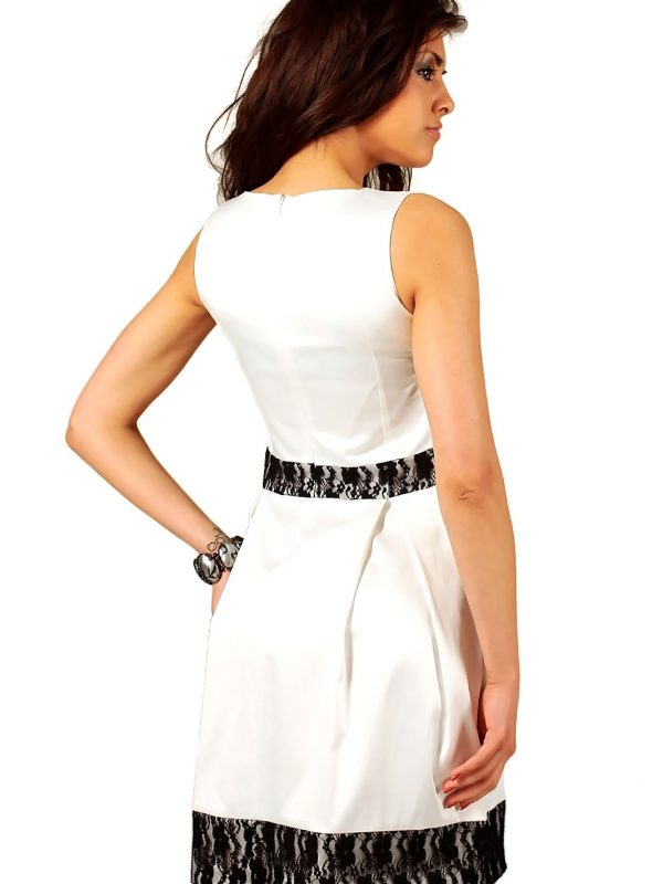 Ecru Kleid von Elodie
