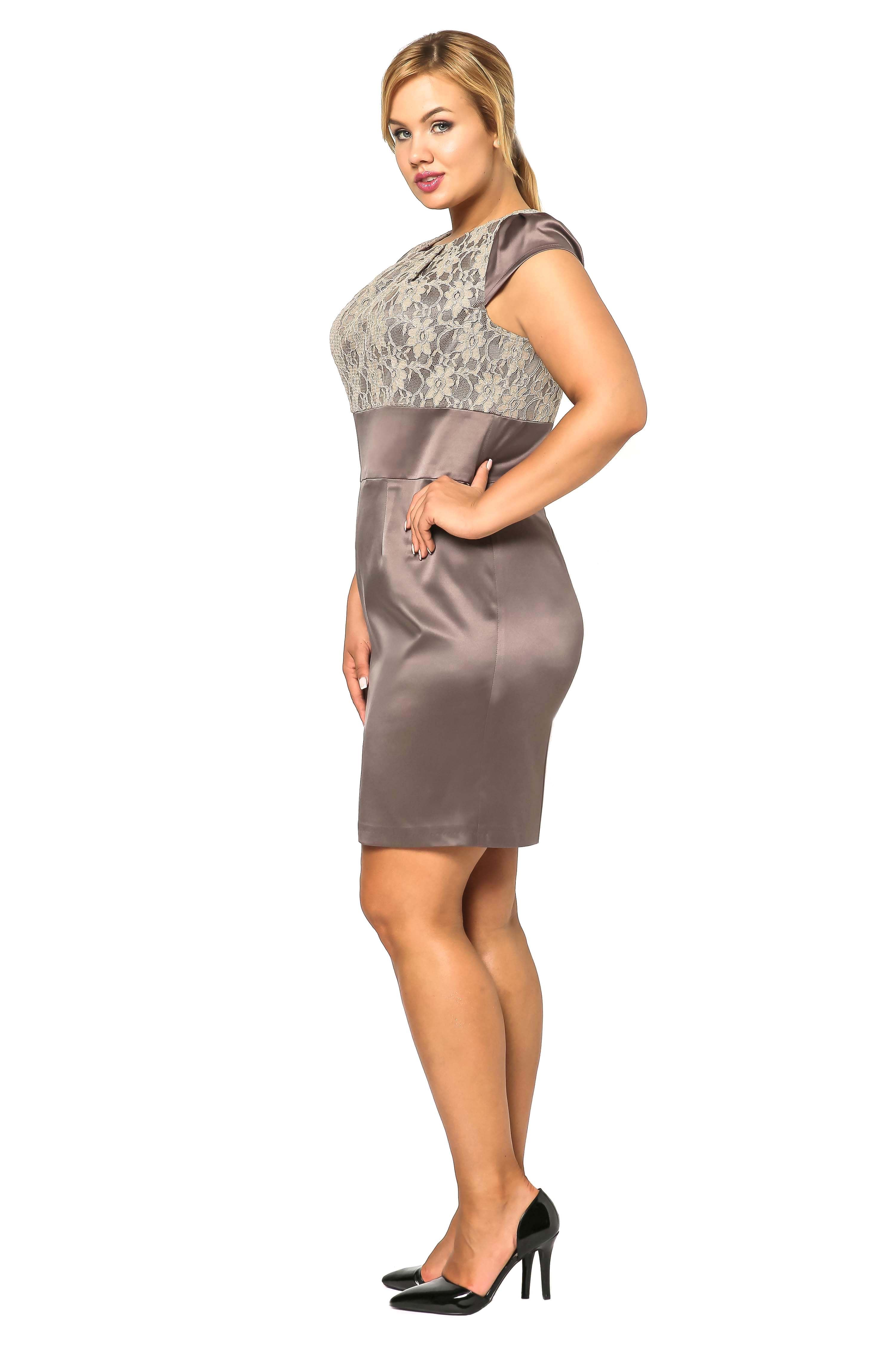Sukienka Gabi Lace w kolorze brązowym