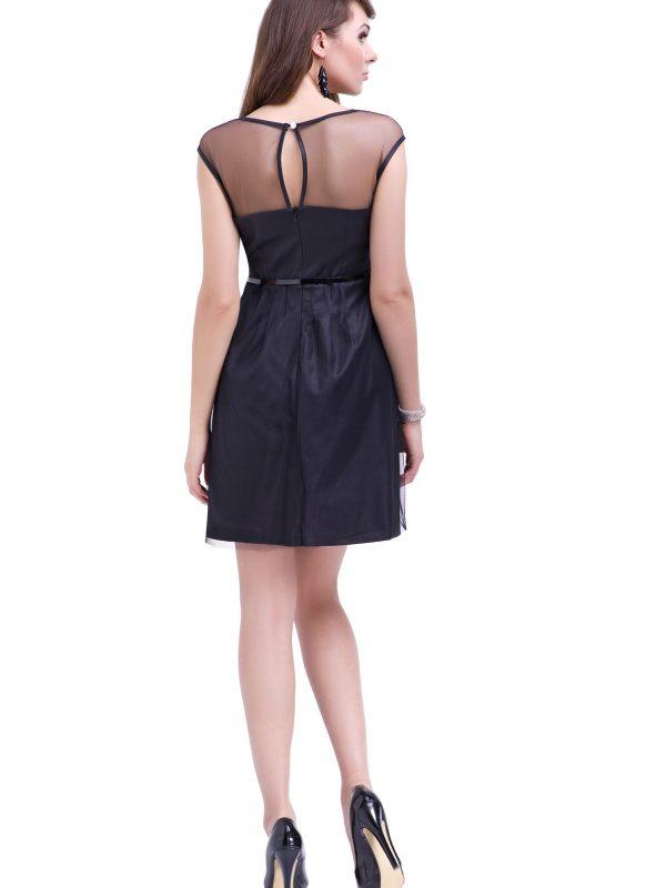 Sukienka Ivone w kolorze czarnym