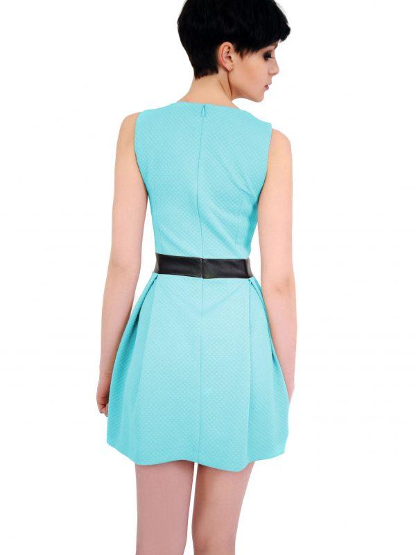 Sukienka Madelaine w kolorze turkusowym